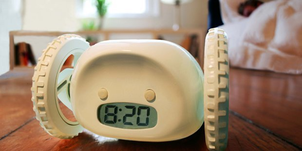 Убегающий будильник Clocky