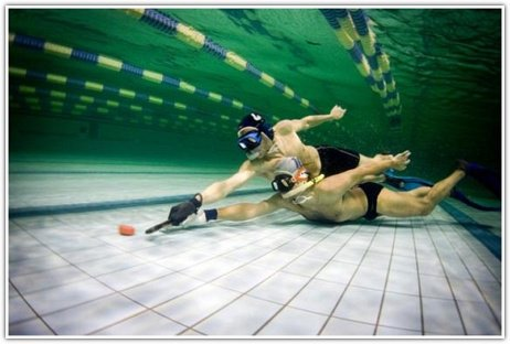 Самые странные виды спорта (6 фото)
