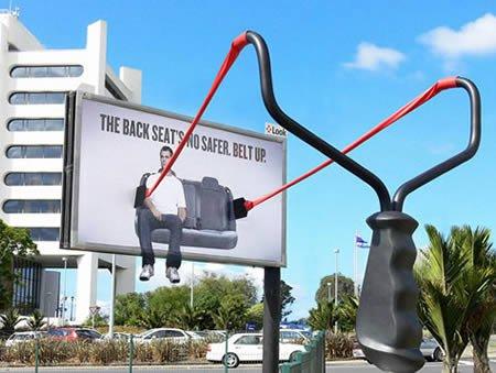 Самая шокирующая зарубежная реклама на тему Безопасность дорожного движения