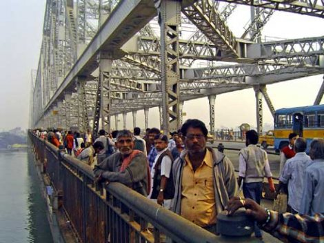 Самые удивительные мосты в мире (8 фото)