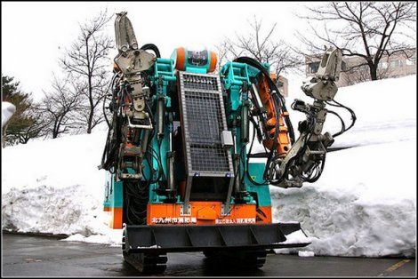 10 роботов - спасателей (11 фото)