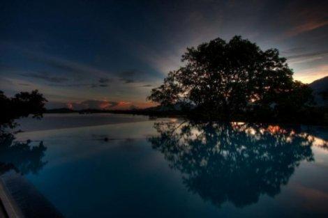 Самые невероятные бассейны планеты (21 фото)