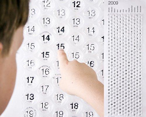 28 необычных календарей (27фото + видео)