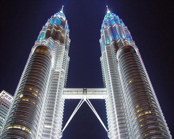 Культовые небоскребы (21 фото)