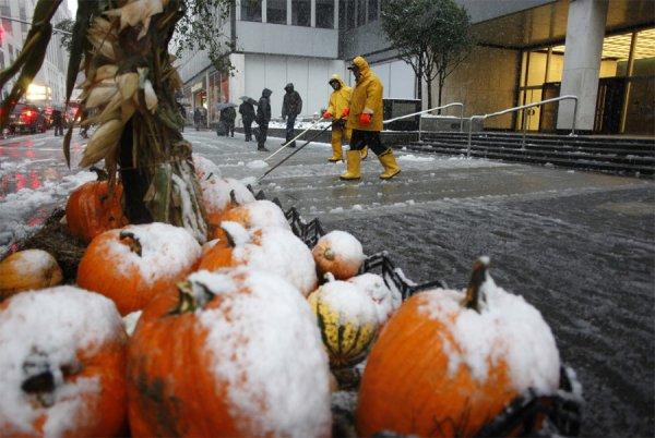 На США обрушилась снежная буря (6 фото)