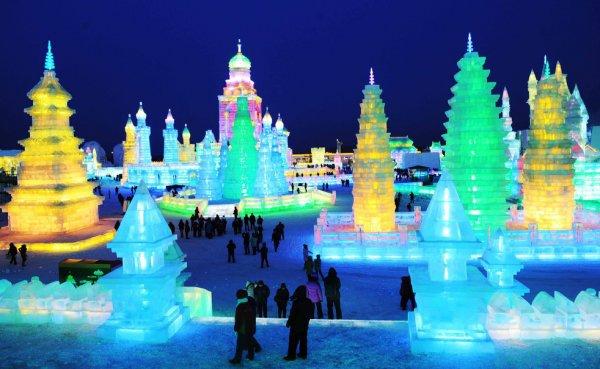 Фестиваль снега и льда в Харбине 2012 (23 фото)
