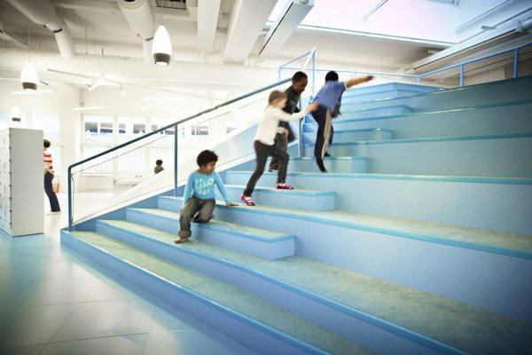 Школа - мечта каждого ребенка (14 фото)
