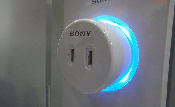 Розетки Sony, требующие денег за использование электричества в общественных местах (фото + видео)