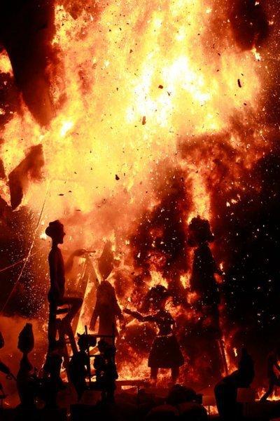 Фестиваль Лас-Фальяс 2012 (24 фото)