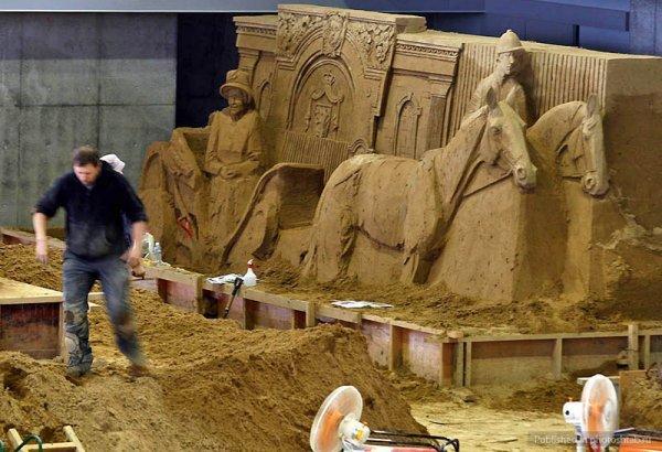 Выставка песочных скульптур на дюне Тоттори (16 фото)