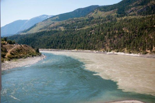 9 самых эффектных слияний рек