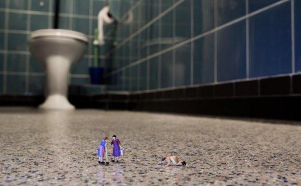 Игрушечные человечки в реальном мире (48 фото)