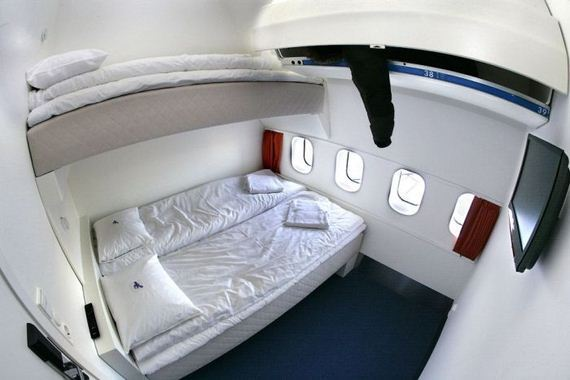 Отель-самолет Jumbo (12 фото)