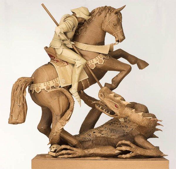 Скульптуры из картона (23 фото)