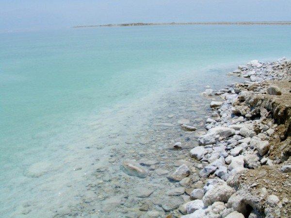 Почему Мертвое море называется мертвым? (3 фото)