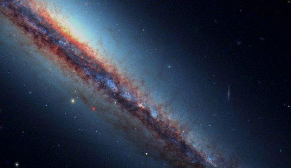 Скрытые сокровища телескопа Хаббл (17 фото)