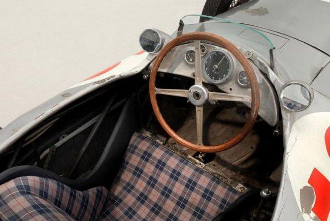 Самый дорогой автомобиль в мире - 2013 (4 фото)