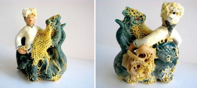 Скульптуры отреставрированные пчёлами (12 фото)