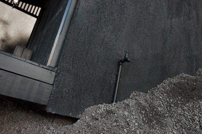 Экспозиция тонувшего дома (8 фото)