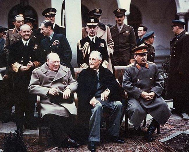 А знаете ли вы зачем Сталин подарил Рузвельту копию фильма «Волга, Волга»?
