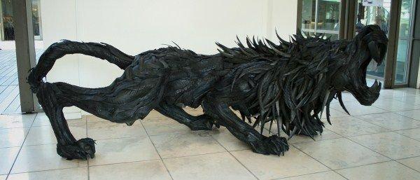 Скульптуры из автомобильных шин от Yong Ho Ji (Йонг Хо Джи) (10 фото)