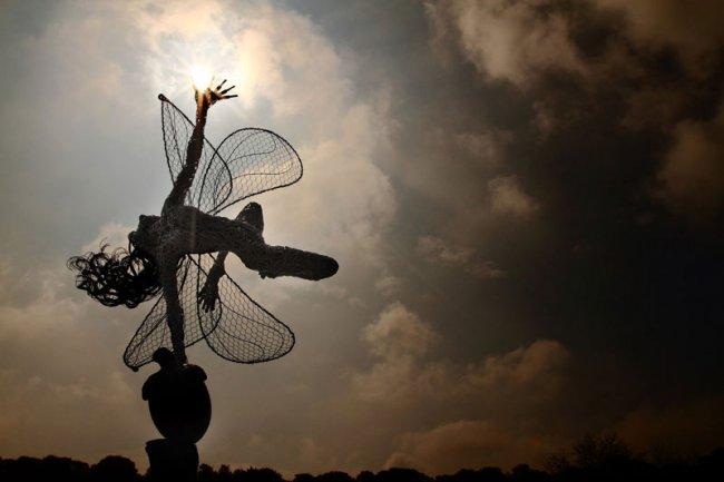 Скульптуры из проволоки от Робин Уайт