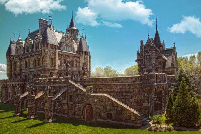 Замок Гарибальди - самый красивый готический замок в России (10 фото)