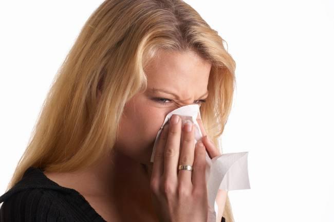 Аллергия на пыль: как справиться?