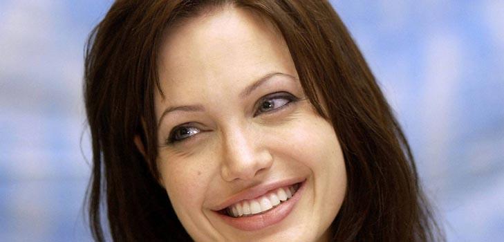 Анджелина Джоли: «Обеспеченным мамам нечего жаловаться»