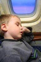 В самолете и в поезде с маленьким ребенком