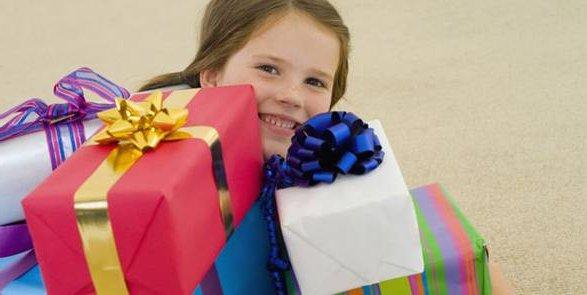 Что подарить девочке на 7 лет?