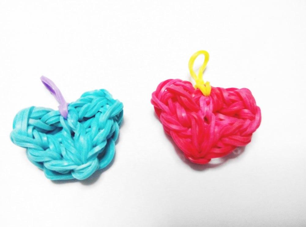 Плетение резиночек сердечки
