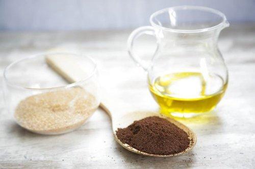Как сделать антицеллюлитный скраб своими руками: рецепт домашнего кофейного скраба
