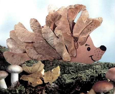 """Мастер-класс «Осенние поделки из природного материала. Аппликация """"Ёжик из листьев""""»"""