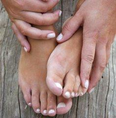 Заговорить грибок ногтей на ногах