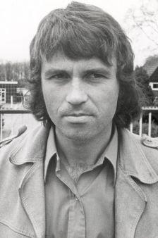 Футболист и тренер из Нидерландов Гус Хиддинк (Guus Hiddink): биография и тренерская деятельность