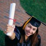 Что подарить выпускнику