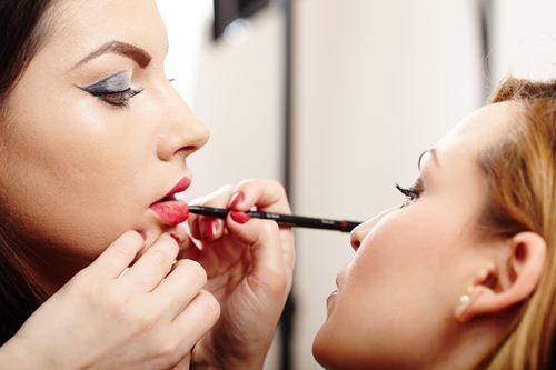 Главные ошибки при нанесении макияжа