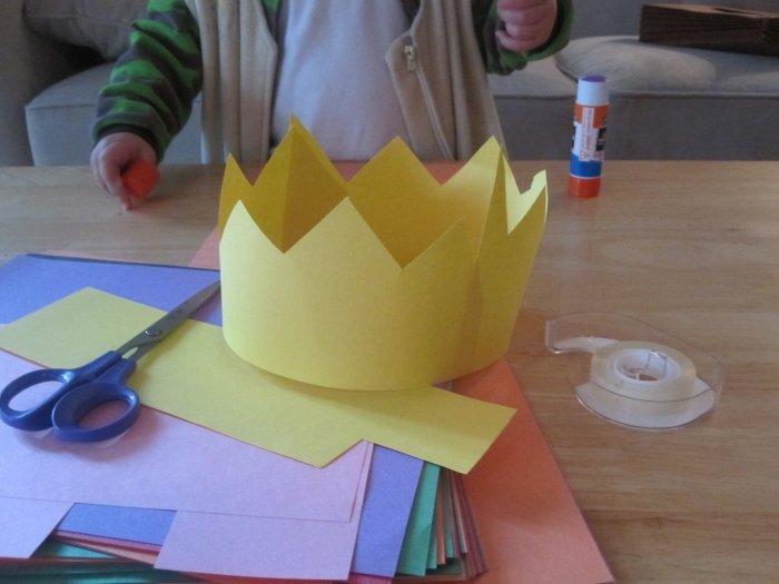 Готовимся к карнавалу: царская корона из бумаги