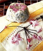 Мыло своими руками: Цветок сакуры