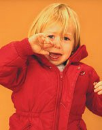 Как отучить ребенка от рук?
