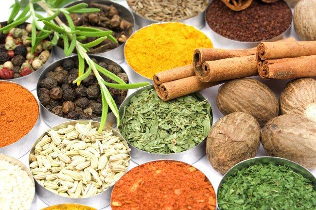 Индийские приправы и пряности