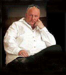 Интересная биография: Дмитрий Василевский – популярный певец, музыкант, композитор
