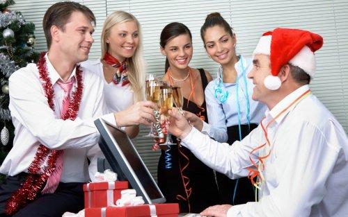 Как необычно поздравить друзей с Новым Годом