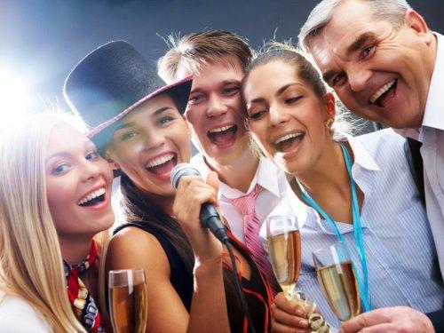 Как развлечь друзей на Новый Год