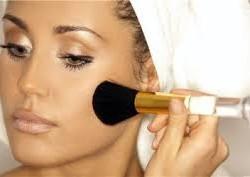 Как правильно нанести основу под макияж?