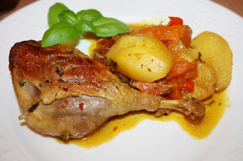 Утка с яблоками тушеная рецепт с фото