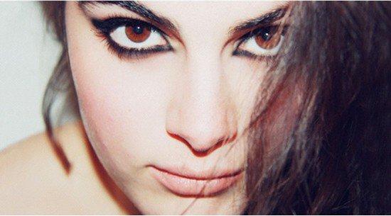 Как сделать правильный макияж для карих глаз