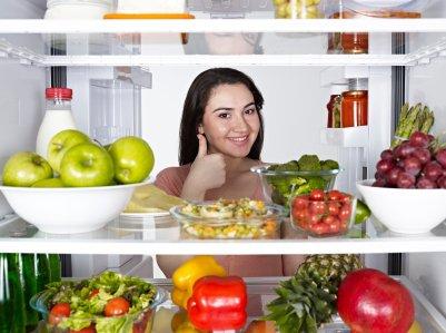 Как убирают запахи из холодильника опытные хозяйки?