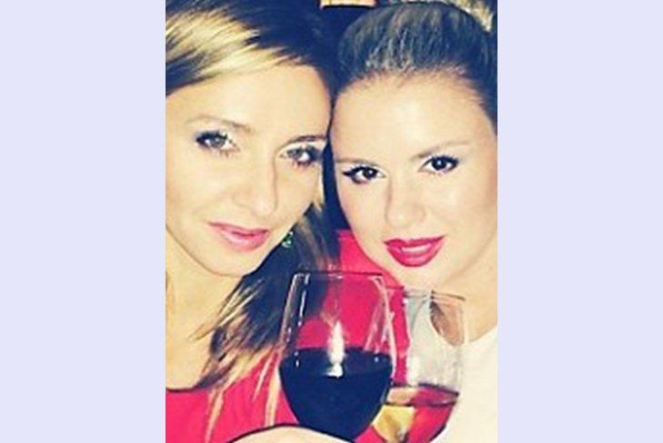 Татьяна Навка и Анна Семенович отдыхают в Париже